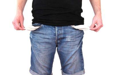 Malé finanční potíže vyřeší sms půjčky. S většími je lepší hledat individuální řešení na míru spolu s bankou