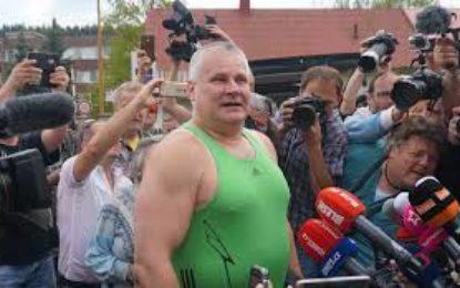 Autogramiáda Jiřího Kajínka vzbudila rozruch